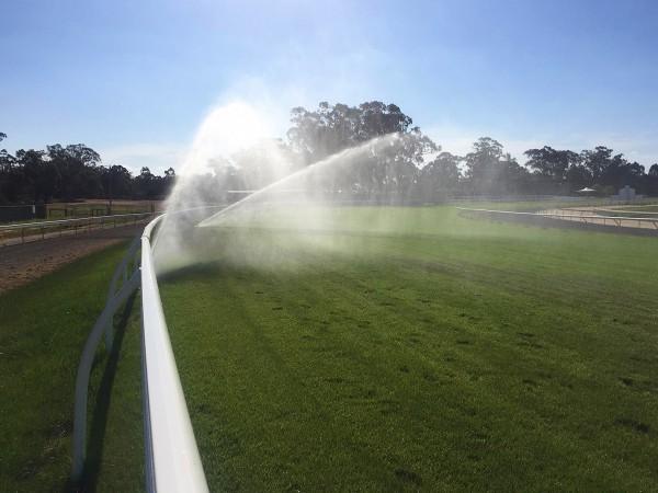 racecourse_irrigation